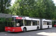 Gelenkbus Vehling Reisen in Werne am Betriebshof.